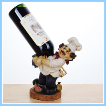 EXW High Quality China Manufacturer Resin Chef Wine Bottle Holder