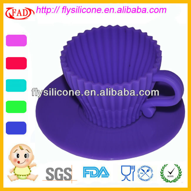 Purple Silicone Cupcake Form With PP Saucer Food Grade
