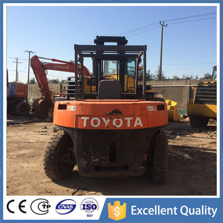 Low Price Used Toyota Forklift in Dubai , Manual Pallet Truck