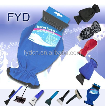 Ice Scrapers with glove for Car Cleaning/plastic snow scraper