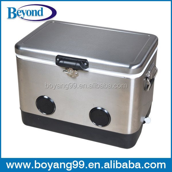 stainless Leisure cooler box with Speaker