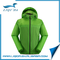 Winter 100% polyester lightweight waterproof mens windbreaker jacket