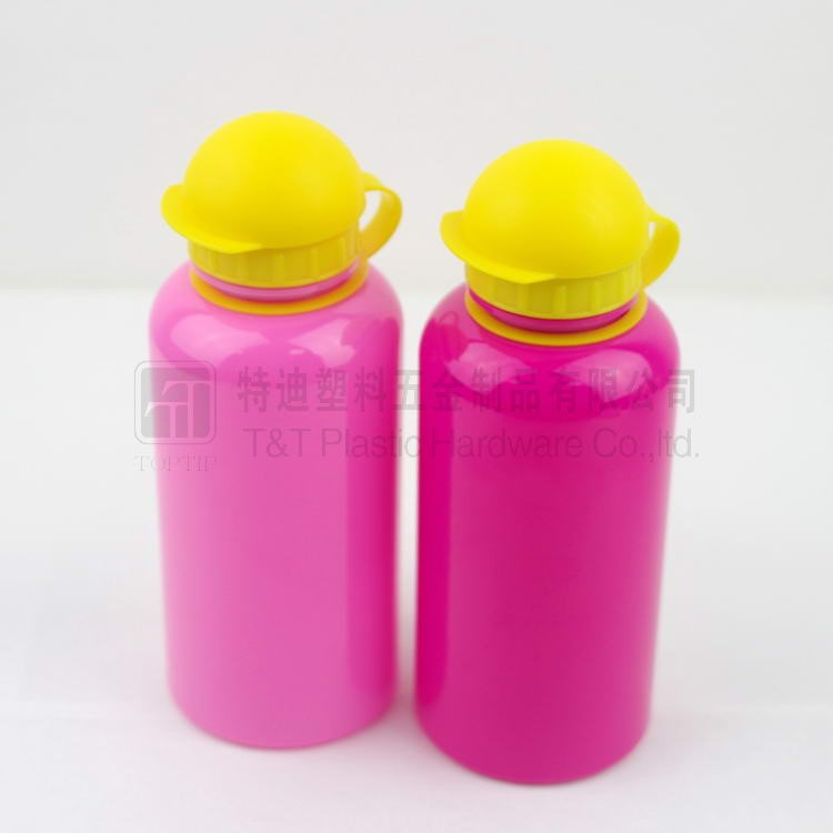 Sports Squeeze Plastic Water Bottles Push/pull Cap, BPA free bottle for sport