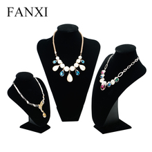 FANXI Manufacturer China Classic Black Velvet Pendant Necklace Jewellery Display Necklace Bust Model Mannequin Jewelry Holder