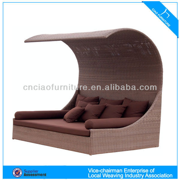 Outdoor Furniture Rattan Double Adult Round Day Bed