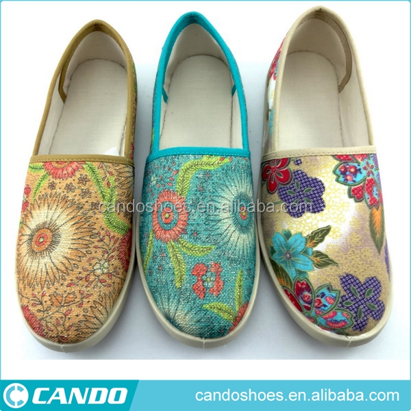 Bulk 2018 Popular Style Custom Printed Driving Shoe PVC Outeole Loafer Manufacturers