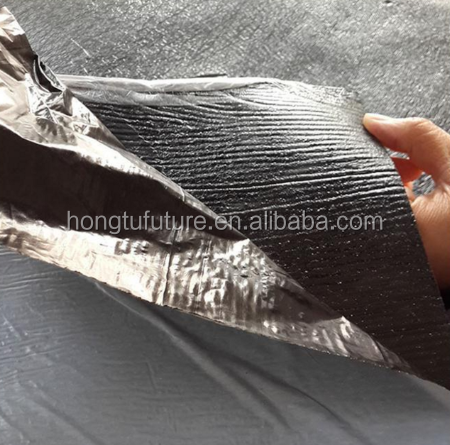 Self adhesive bituminous waterproof membrane for roofs