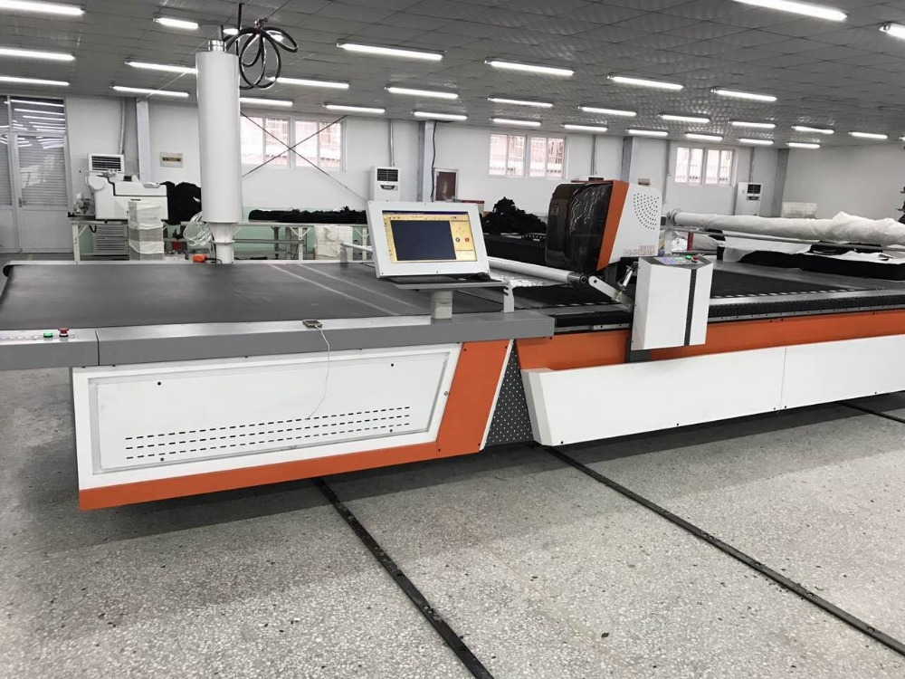 Fabric Cutting Machines Used Garment Industry