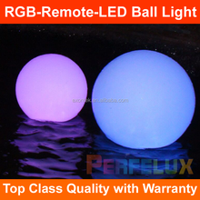 2017 new RGB remote control plastic Decor battery operated christmas light balls plastic light up ball light Top seller in EU
