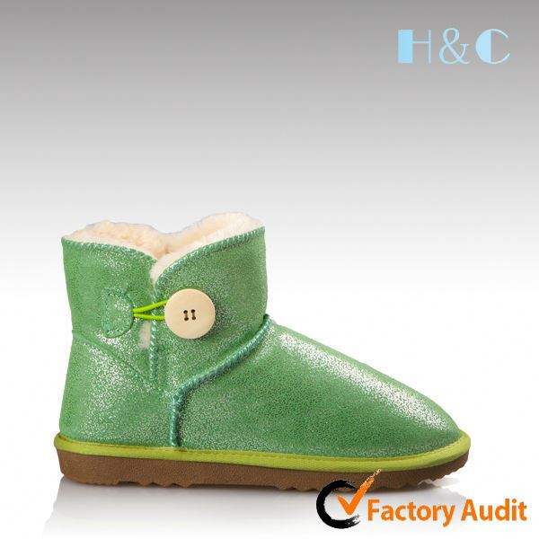 HC-722 2014 stylish high quality TPR cow suede short leather wool lined green boots with button design