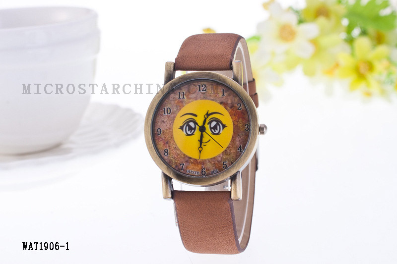 2017 Hot QQ Emoji Quartz Leather expression Watch Big Eye