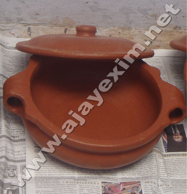 Clay Cooking Pot with Lid
