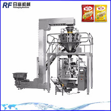 Automatic packing machine packaging plastic components