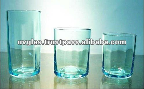 Set of Cylindrical Drinking Glasses