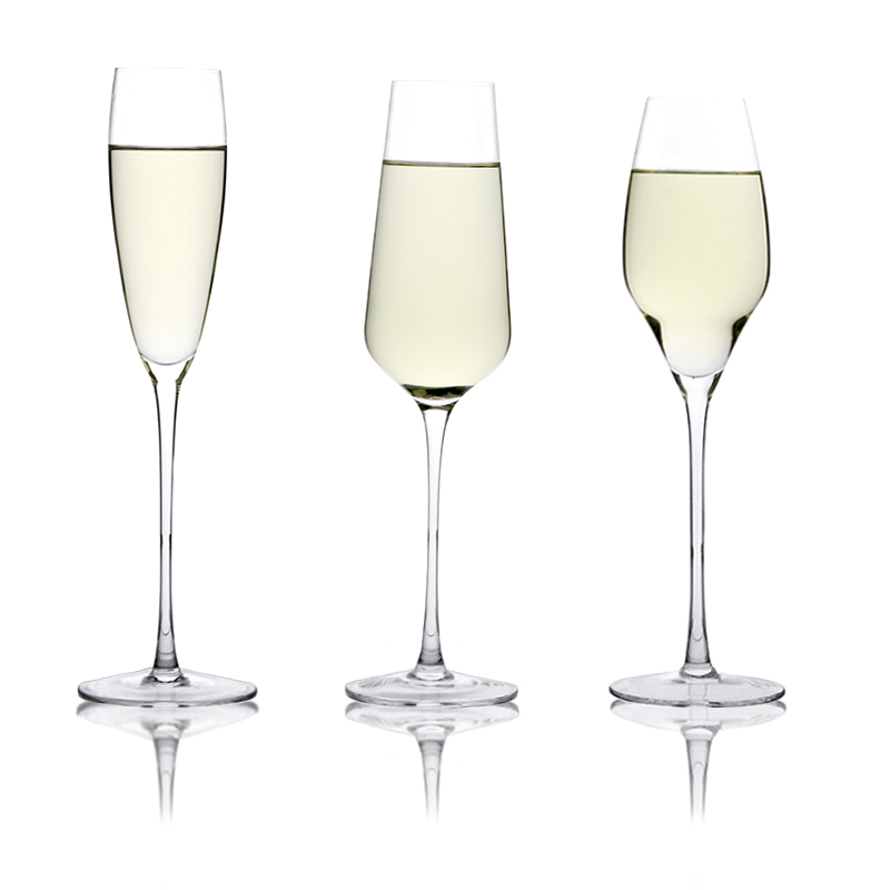 WG 2010 8 Oz wine Glasses/ Set of 6 Glasses