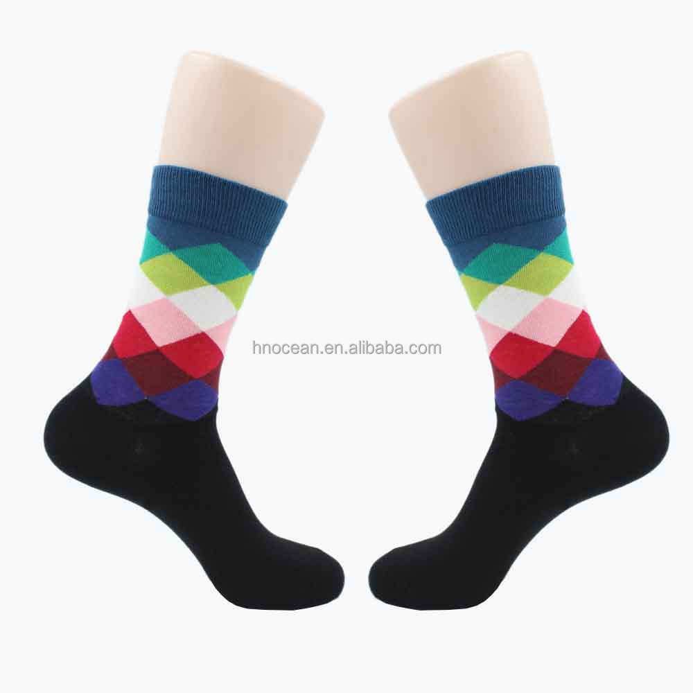 China manufacturers wholesale unisex crew colorful bamboo socks