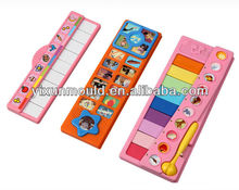 plastic kid touch-and-feel sound toy case mould