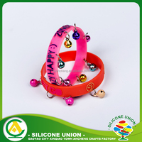 Delicate innovations icon paw print silicone bright bracelet making supplies