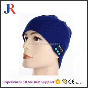 2017 fashionable Colorful Wireless music bluetooth winter beanie hat headphones wireless