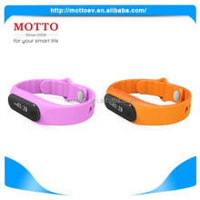Fashion Waterproof IP67 Smart Bluetooth Bracelet For Mobile Phone