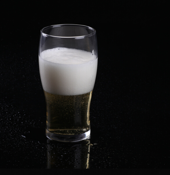 Haonai High Quality High White Material Glass Cup , 20oz Popular Beer Glass
