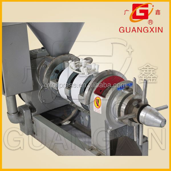 oil farm use small cocoa seed extruding oil machinery with auto warming-up