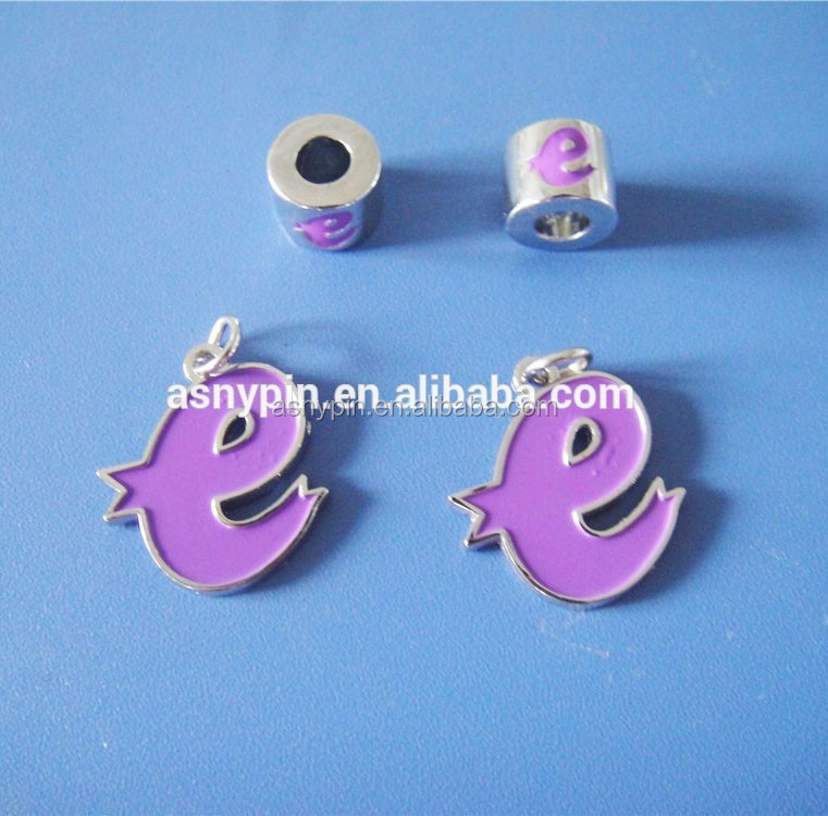 engraved logo letter metal jewelry charms/metal jewelry beads for jewelry making