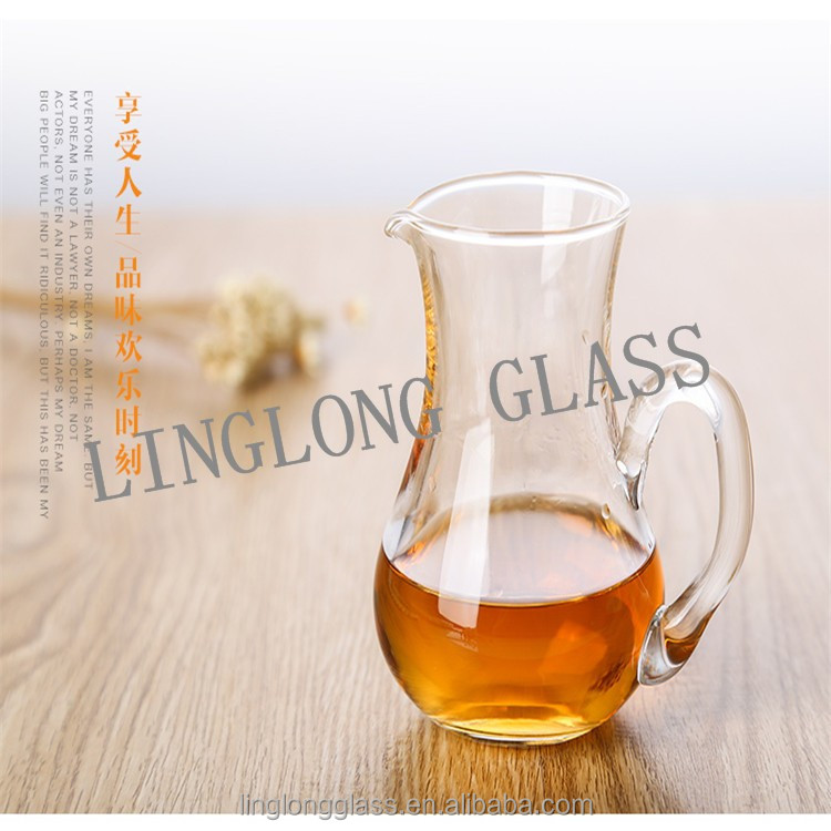 glass bottle with handbar for divided wine/wine glass divider