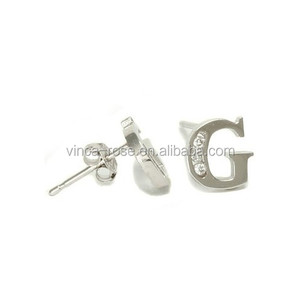Chunky silver earrings in letter G design with cheap price in express ali