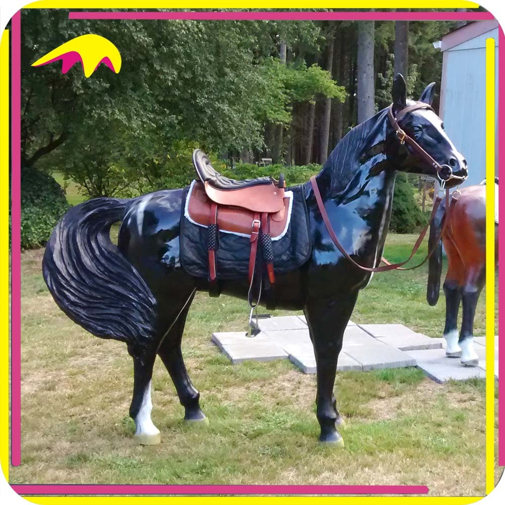 KANO9146 Customized Lifelike Animal Fiberglass Horse Statue
