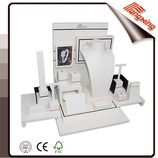 2016 Guangdong manufacturer supply white acrylic jewelry display