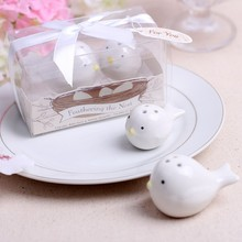 wedding favor gift and giveaways for guest Feathering the Nest Ceramic Birds Salt anPepper Shakers party souvenir