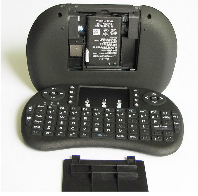 Newest High Quality rechargeable I8 mini wireless keyboard air fly mouse