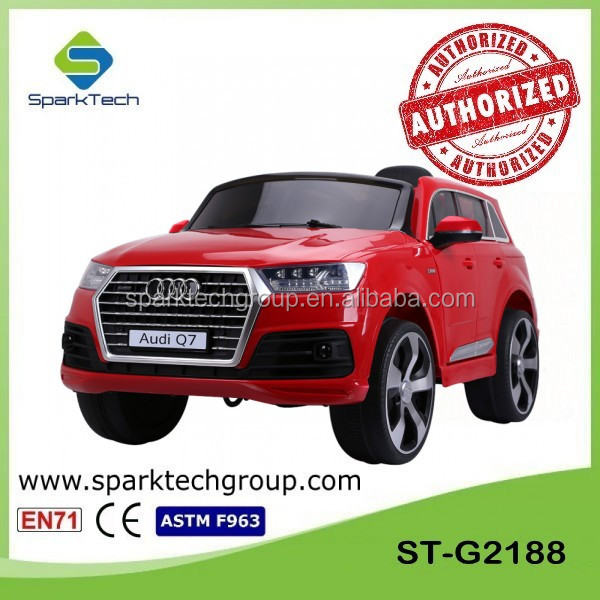 Licensed AUDI Q7 Two Doors Openable Battery Operated Trucks For Toddlers,Ride On Trucks For Kids,Ride On Cars For Older Kids
