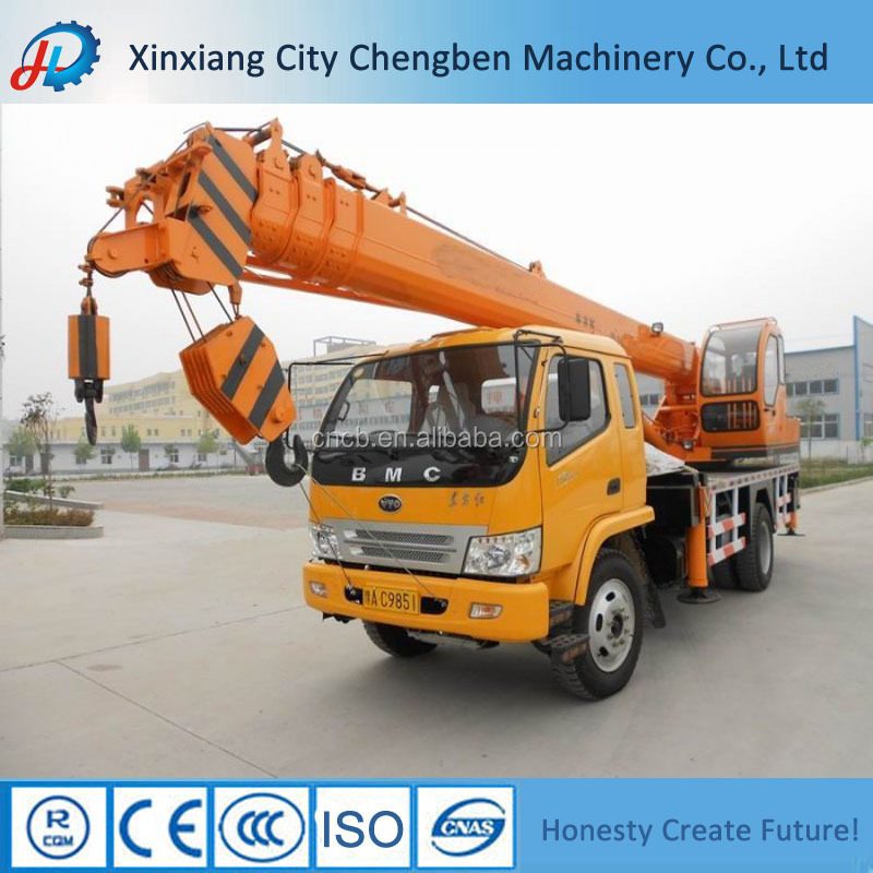 Four-axle Automobile Chassis Mobile Crane 5 Ton