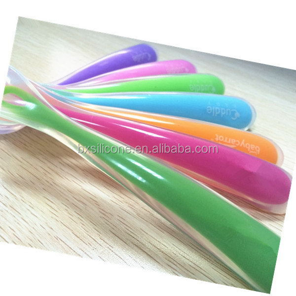 Low price best selling newly design baby silicone feeding spoon