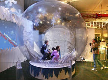 2017 inflatable snow globe for happy new year set up in the market with big promotion