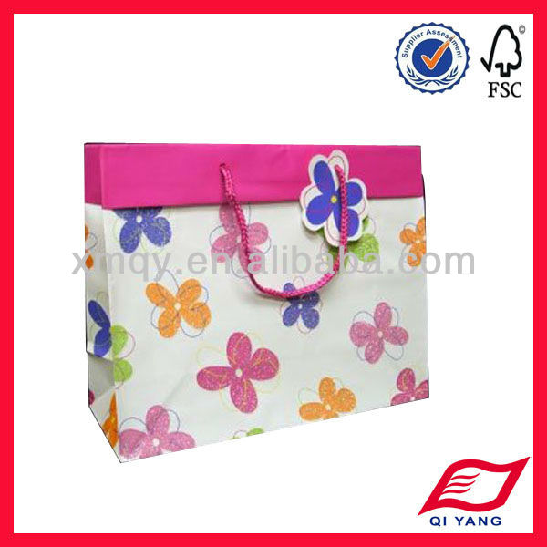custom plastic lined paper bags with tag for cosmetic