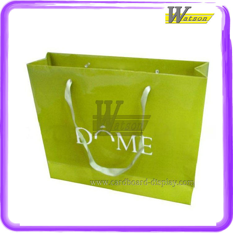 wholesale custom-made gift paper bag for christmas gift