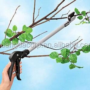 manufacture Long reach Pruning shears for cut and hold