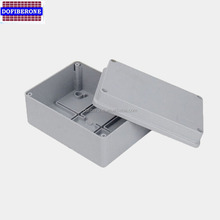Weatherproof Plastic distribution box IP65 enclosure 8 module