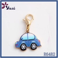 Hot sale newest style gold plated sapphire enamel car with lobster clasp wholesale dangle logo dangle charms