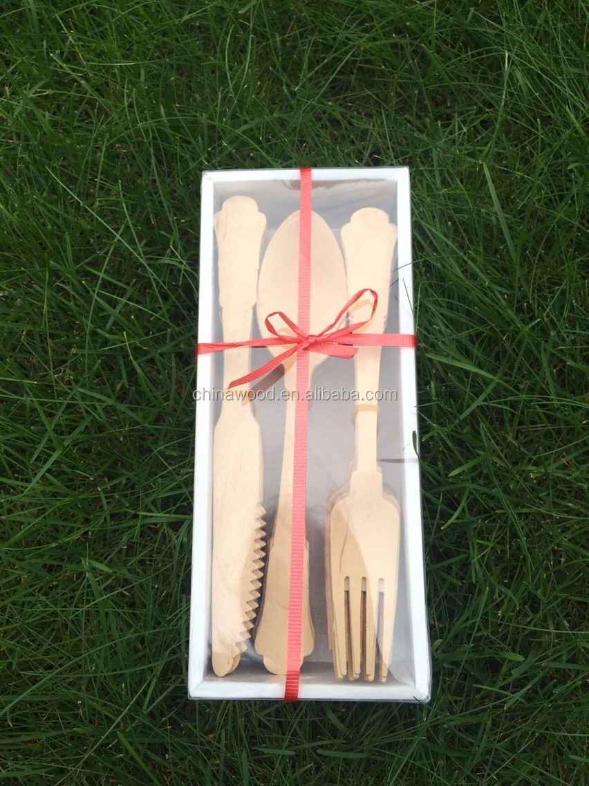 Biodegradable wooden cutlery