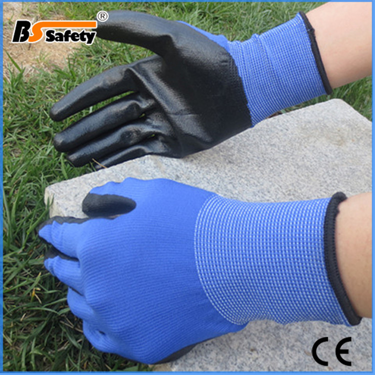 BSSAFETY Nitrile coated oil resistant industrial use safety working gloves