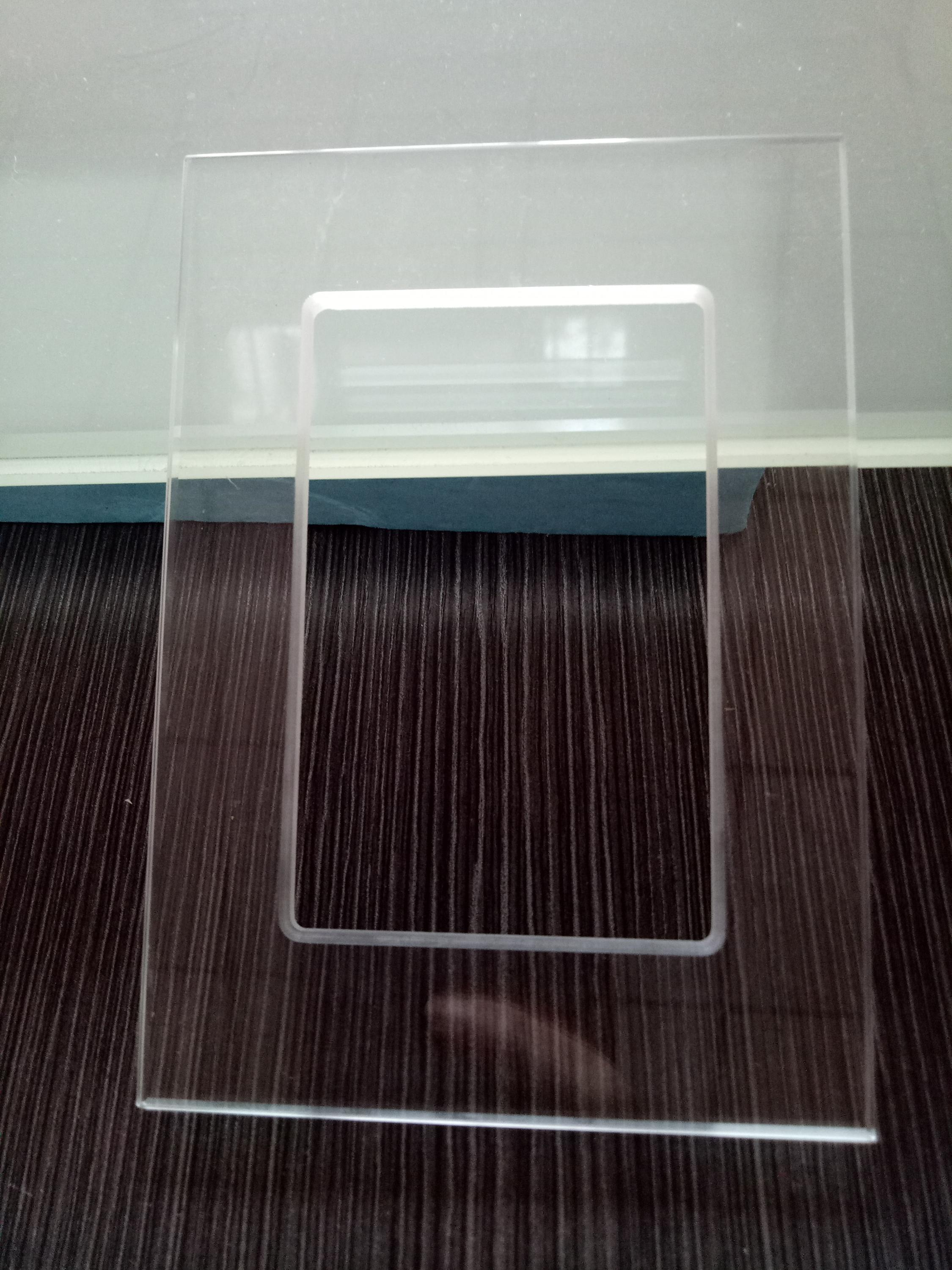 China factory 3-25mm ultra clear low iron tempered glass