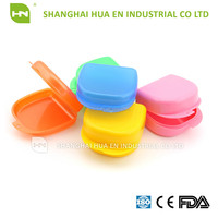 Plastic retainer denture box for medical devices with hole