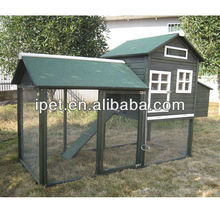 Large walk-in wooden chicken house with run CC077