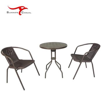 Best Selling Cheap European Style Roof Garden Outdoor Table and Chairs Plastic Round Bistro Set