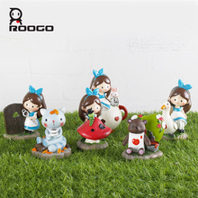 Wholesale OEM welcome mini fairy statues poly resin 3D fairy gnome figurines home and garden decorations