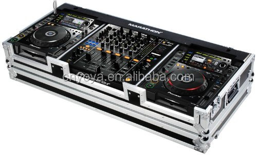 Flight Road Case MA-DJM9HCDJ2KW Case to Hold 2 x Large Format CD Players: Pioneer CDJ-2000 with DJM-900 with Wheels